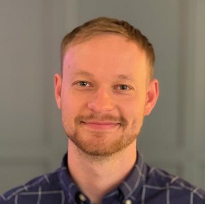 Daniel Stolyarenko Headshot
